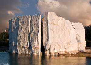 """""""Iceberg"""", en el espacio abierto del río Ebro."""